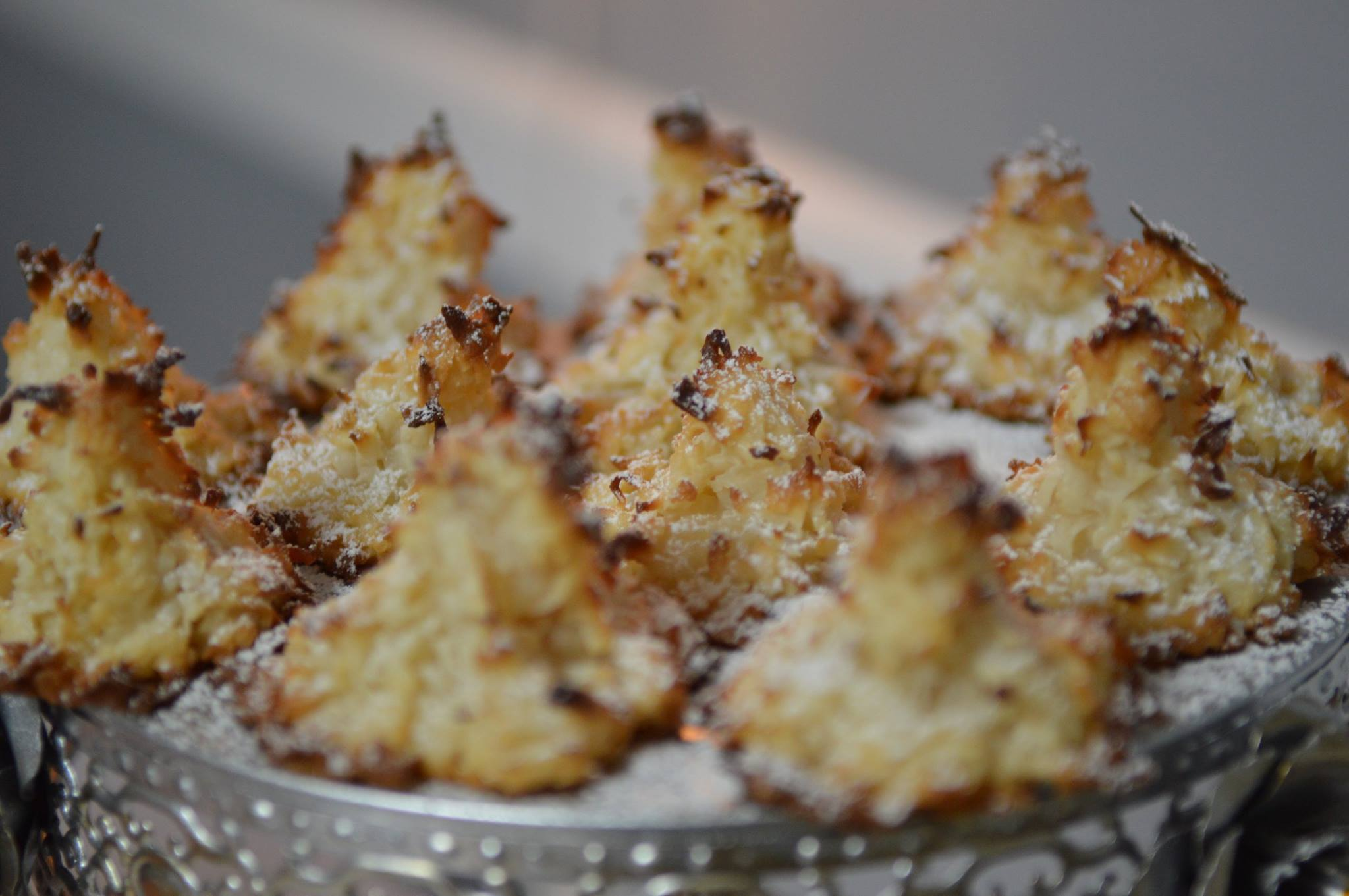 Coconut Macaroon Christmas Tree