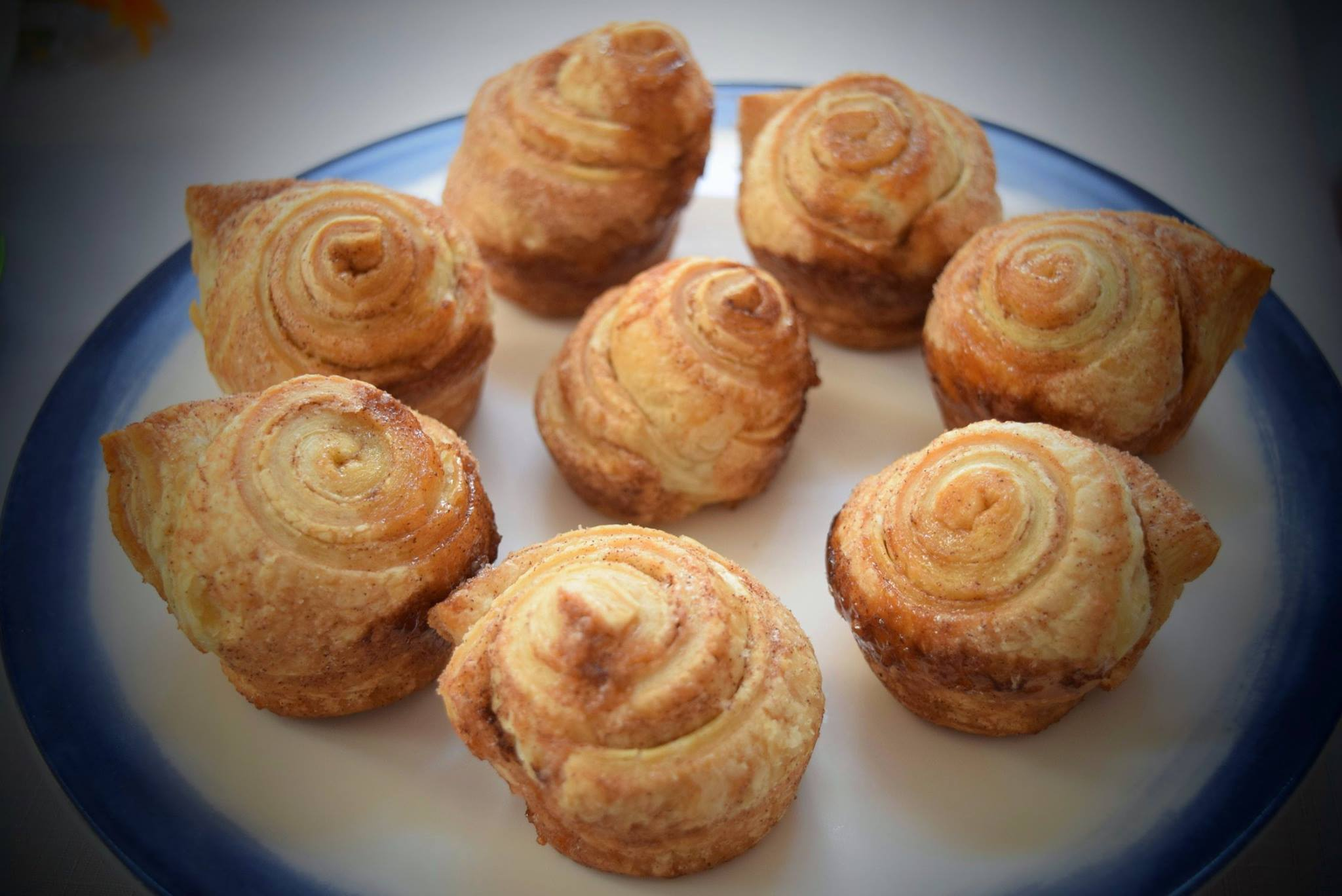 cinamon puff pastry